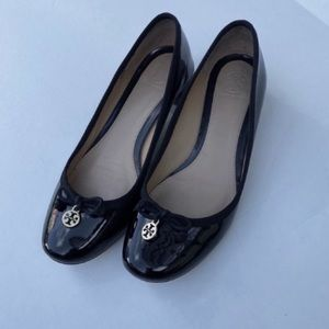 Tory Burch Chelsea black patent leather shoe 7.5